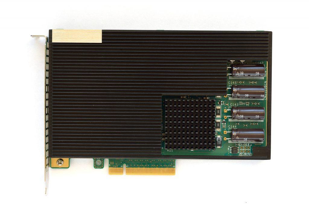 Een NVMe-SSD die aangesloten wordt op een PCIe-slot (