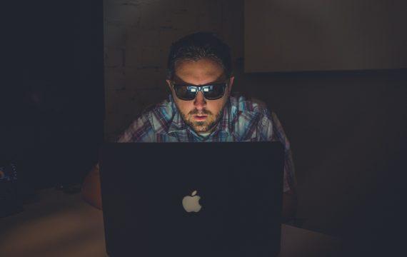 hackers-hebben-het-voor-elkaar
